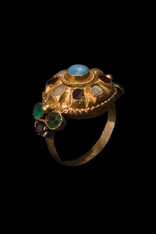 anelli sardi antichi